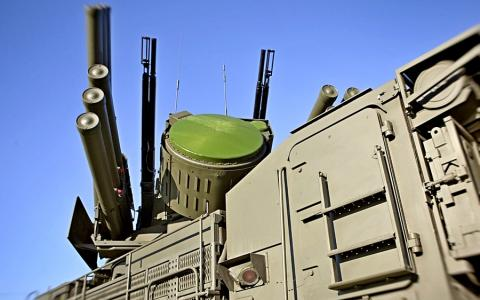Россия усиливает оборону Крыма