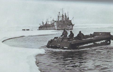 Загадки Антарктиды: зачем американцы обстреливали торпедами ледяной континент