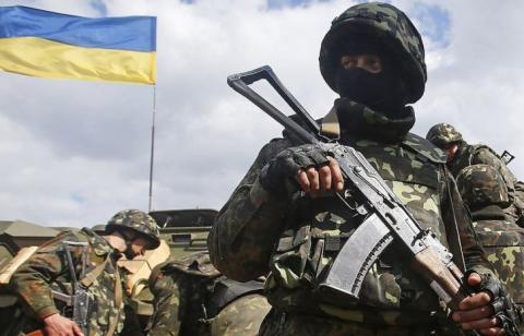Украина перешла к экстренным шагам – перебрасываются войска к Азовскому морю