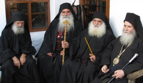 Афонские старцы предсказали трудные времена для Украины и Януковича