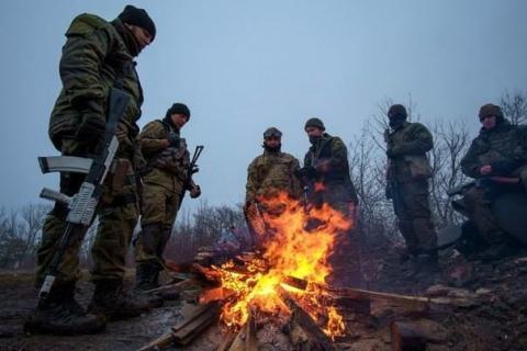 В Авдеевке около тысячи жителей митингуют против блокады Донбасса