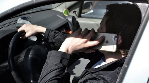 Штраф за разговоры за рулем