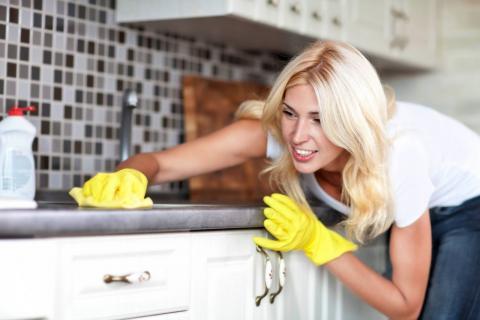 Когда и как нельзя делать уборку в доме, иначе можно отпугнуть удачу