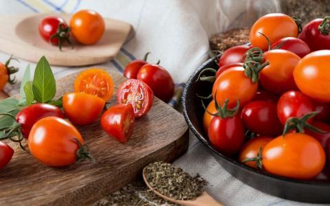 Новый сорт помидоров «с перчинкой» вывели российские ученые