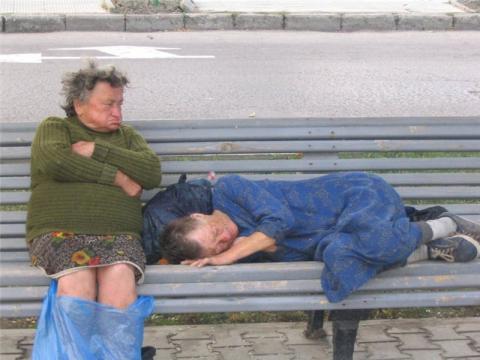 Ученые выяснили, что заставляет людей спиваться