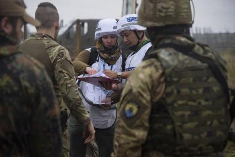 Кремль рассказал о возможности вооруженной миссии в Донбассе