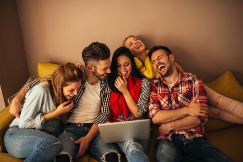 Сколько нужно иметь друзей, чтобы чувствовать себя счастливым, рассказали психологи