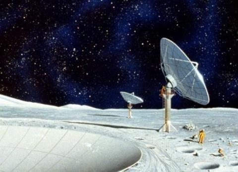 На Луне обнаружили параболическую антенну, передающую сигналы между базами инопланетян