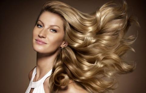 Ученые развеяли миф об уходе за волосами