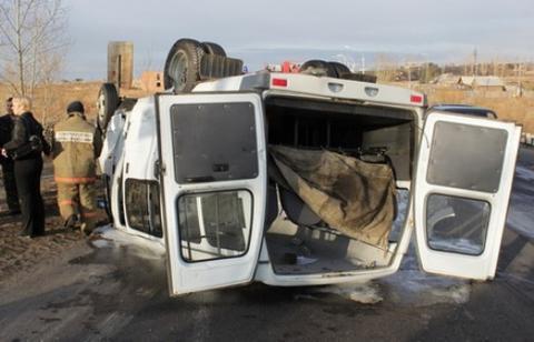 В результате ДТП с микроавтобусом в Дагестане погибли 2 человека – СМИ