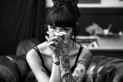 В России предложили ввести ограничение по нанесению татуировок