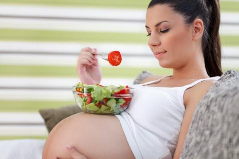 Овощи и фрукты опасны для здоровья будущего ребенка беременной женщины — ученые