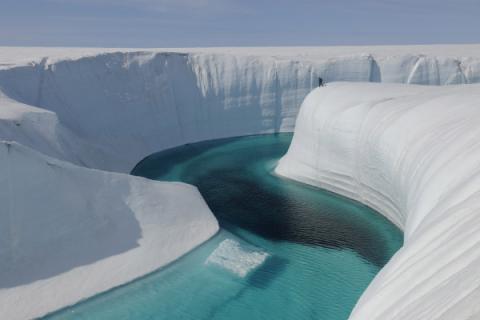 Загадки Антарктиды: древнее ледяное ядро способно изменить климат в будущем – исследователи