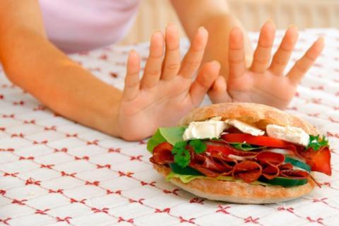 Выяснилось, что перебороть тягу к нездоровой пище реально за 2 минуты