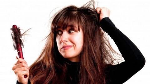 Каких витаминов не хватает, если выпадают волосы