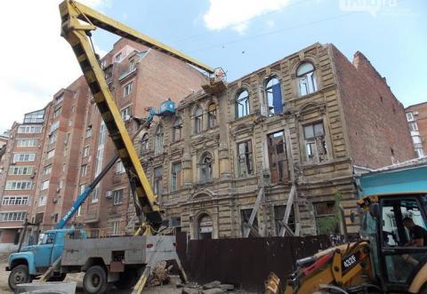 В центре Ростова сносят историческое здание 19 века