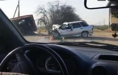 На Кубани полицейский погиб в ДТП с трактором