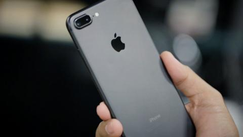 iPhone 7 взорвался в руках прямо у владельца