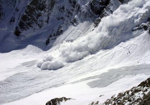 В Дагестане три села оказались заблокированы из-за схода лавины