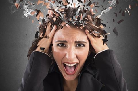Диетологи назвали продукты, снимающие тревогу и избавляющие от стресса