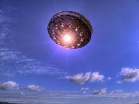 Пришельцы без крыльев пролетели быстрее самолета над Чебаркулем