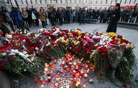 Взрывы в метро Санкт-Петербурга 3 апреля 2017: полный список погибших, свидетельства очевидцев, траур – последние новости