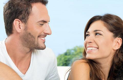 Какие черты делает женщину менее сексуальной в глазах мужчин, рассказали социологи