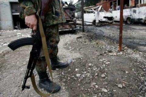 В Донбассе опустили оружие