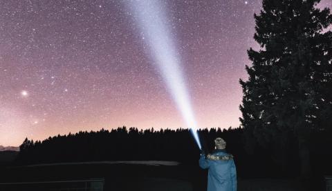 Летающие кристаллы, светящиеся шары и странные вспышки: загадочные аномалии происходят на шахте в Арканзасе