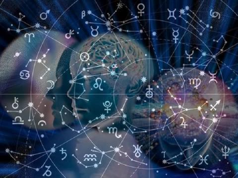 Самые опасные даты 2019 года: составлен календарь важных астрологических событий наступающего года