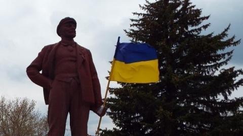 Демонтированный в Черниговской области памятник Ленину продали за большие деньги