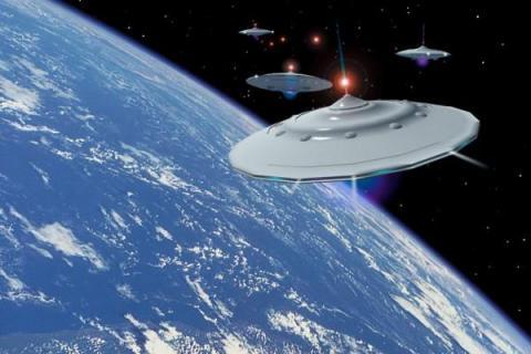 Четыре НЛО «осаждают» борт МКС во время выполнения секретной миссии