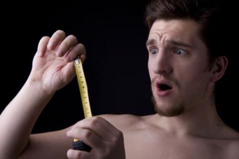 Ученые: половой орган мужчин с возрастом меняет размер и форму