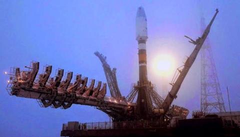 """Космический спутник системы предупреждения о ракетном ударе """"Око"""" сгорел в атмосфере"""