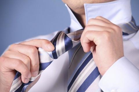 Как завязать галстук: завязываем галстук быстро и просто, пошагово с фото