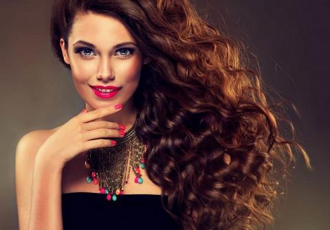 Расти коса до пояса: названы лучшие витамины для роста волос