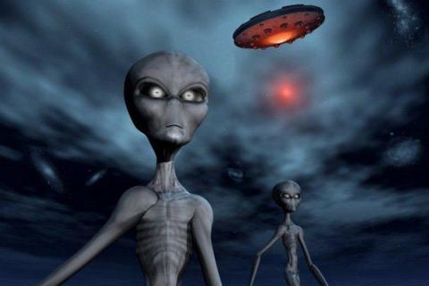 В Омске НЛО устроил переполох, снова потревожив местных жителей