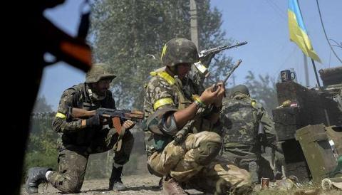 Силовики идут на прорыв под Донецком: сообщение от Минобороны ДНР