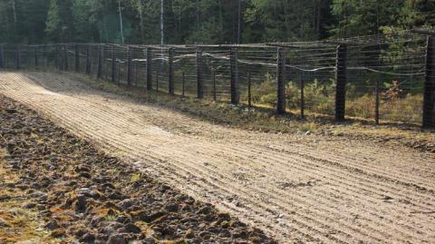 Финляндия решила отгородиться от России забором