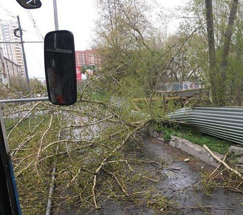 Ураган в Свердловской области и Екатеринбурге: как это было - последствия шторма