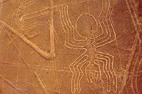 На плато Наска нашли новые рисунки загадочных монстров