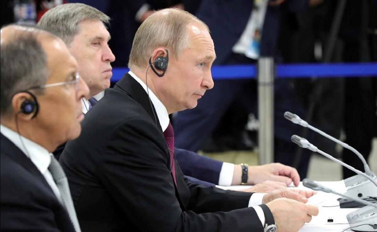 Путин назвал придурками считающих Дальний Восток балластом