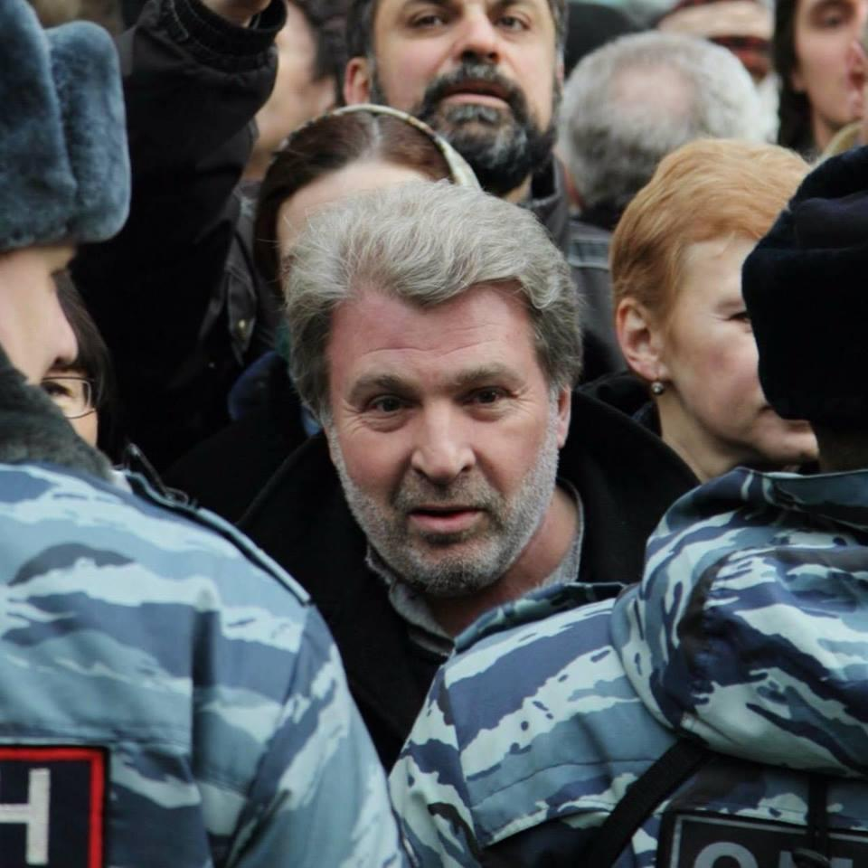 Александр Рыклин обвинил Москву в протестах во Франции