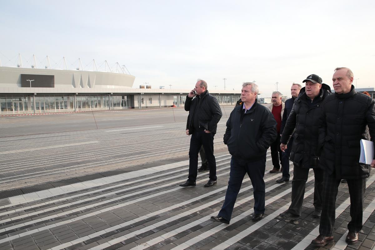 Губернатор Ростовской области Василий Голубев проинспектировал завершение работ у стадиона «Ростов-Арена»