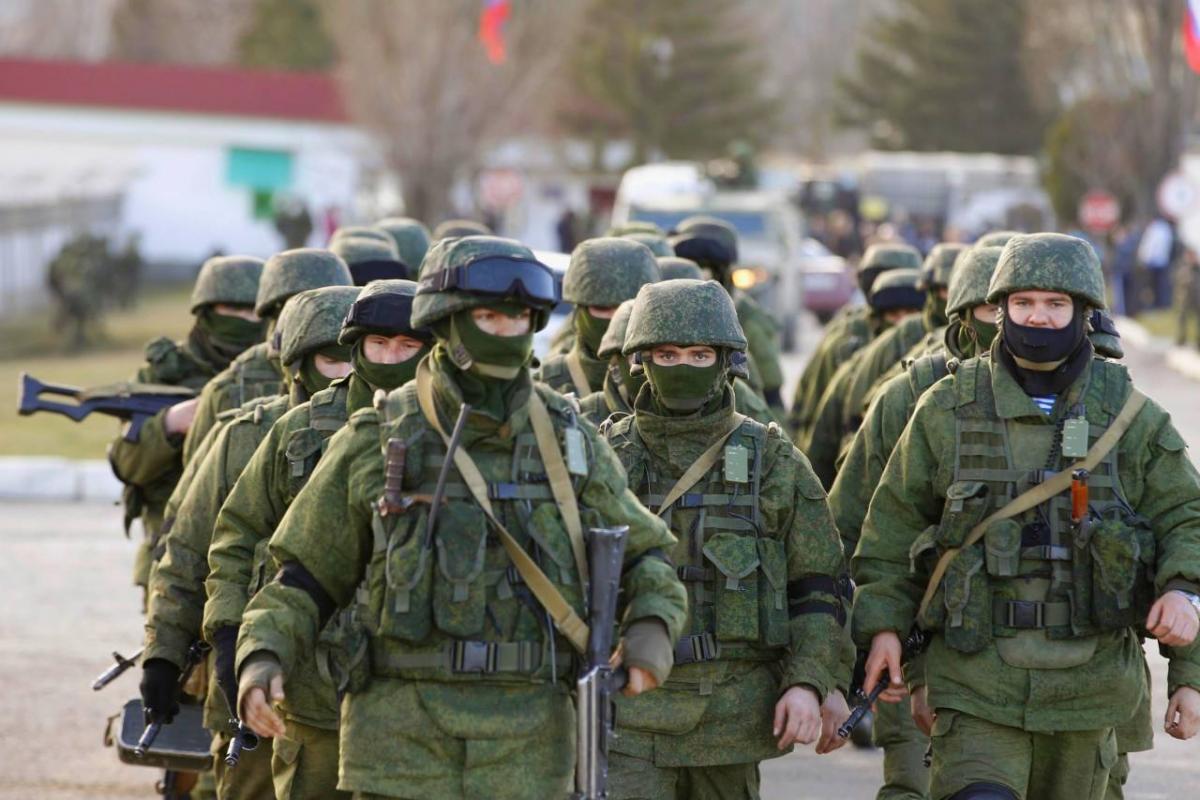 Украинская разведка увидела в Крыму 30 тысяч российских солдат