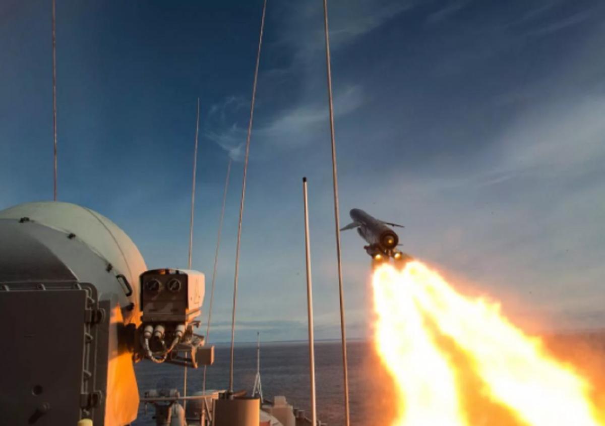 """Россия выполнит пуск гиперзвуковой ракеты """"Циркон"""" по любимому району кораблей НАТО"""