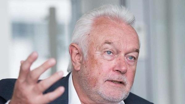 AFP: зампред Бундестага потребовал выслать из Германии посла США