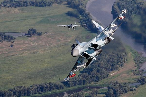 В США назвали Су-35С «слишком хорошим» истребителем