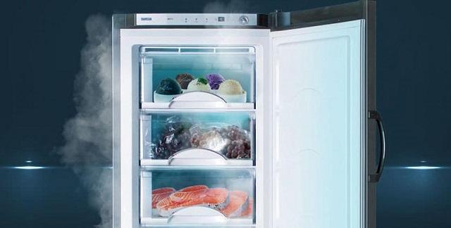 Холодильник придавил насмерть москвича, который решил ночью поесть