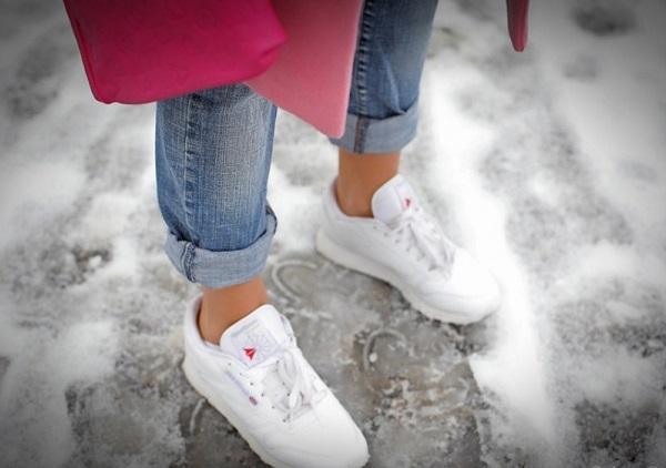 Короткие джинсы приводят к болезням суставов и бесплодию